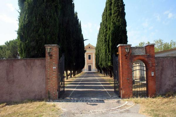 ingresso al convento di Santa Maria Nova a Tivoli